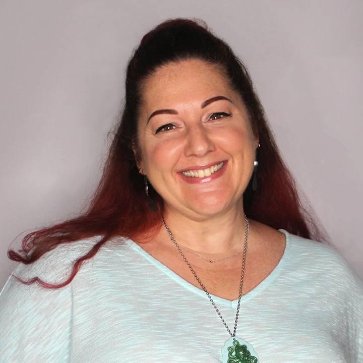 Paula Buckner - Graphic Designer - Clementine Creative Agency